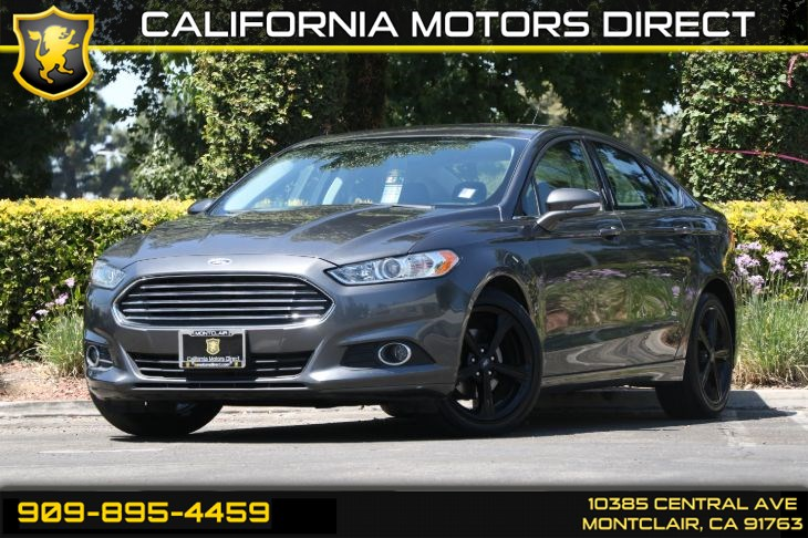 2016 Ford Fusion SE(BLUETOOTH & BACK-UP CAMERA)