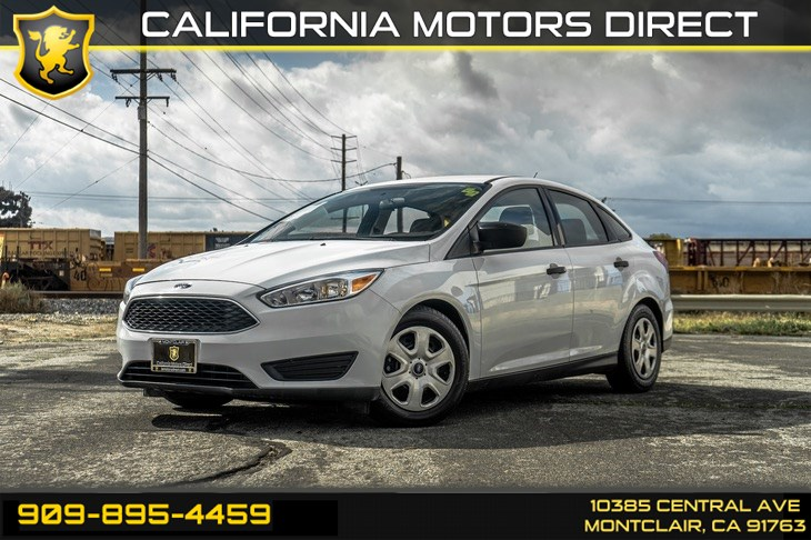 2016 Ford Focus S (Back Up Camera & Bluetooth)