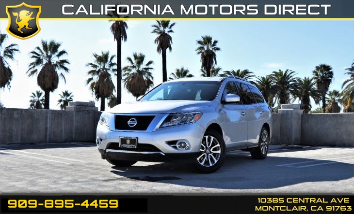 2016 Nissan Pathfinder SV(BACK-UP CAMERA & BLUETOOTH)