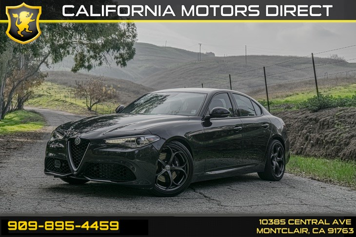 2017 Alfa Romeo Giulia Ti (BLUETOOTH & BACK-UP CAMERA)