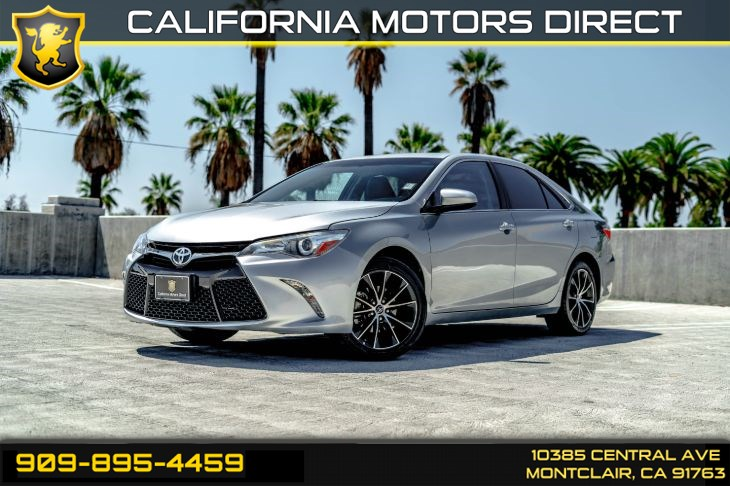 2017 Toyota Camry XLE (BACK-UP CAMERA & BLUETOOTH)