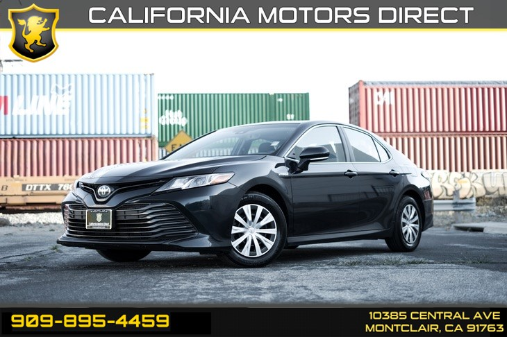 2018 Toyota Camry Hybrid LE (SUN/MOONROOF & AUDIO PACKAGE)