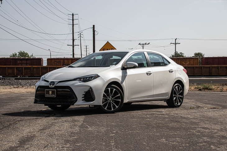 2018 Toyota Corolla L(BLUETOOTH & BACK-UP CAMERA)