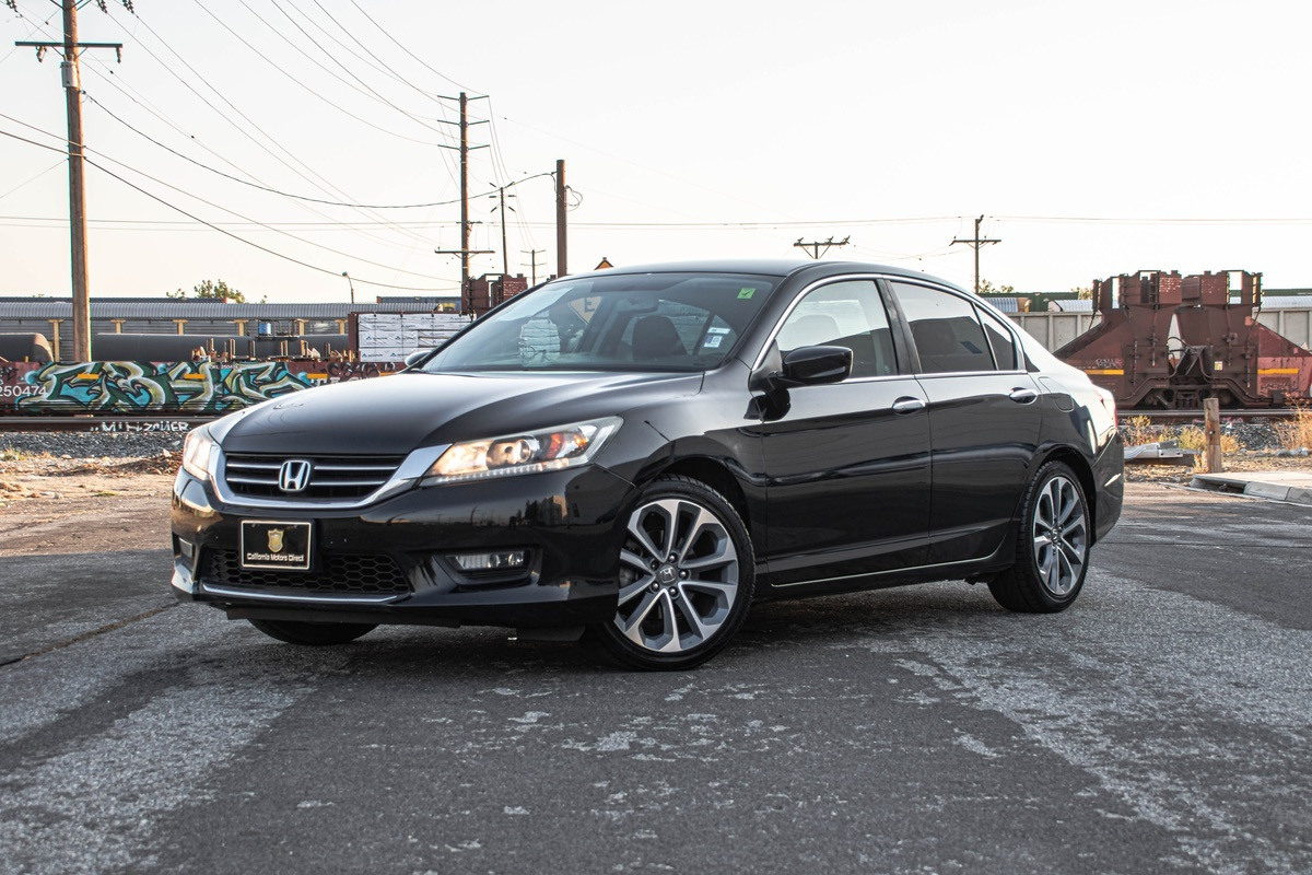 2014 Honda Accord Sedan Sport (BLUETOOTH & BACK-UP CAMERA