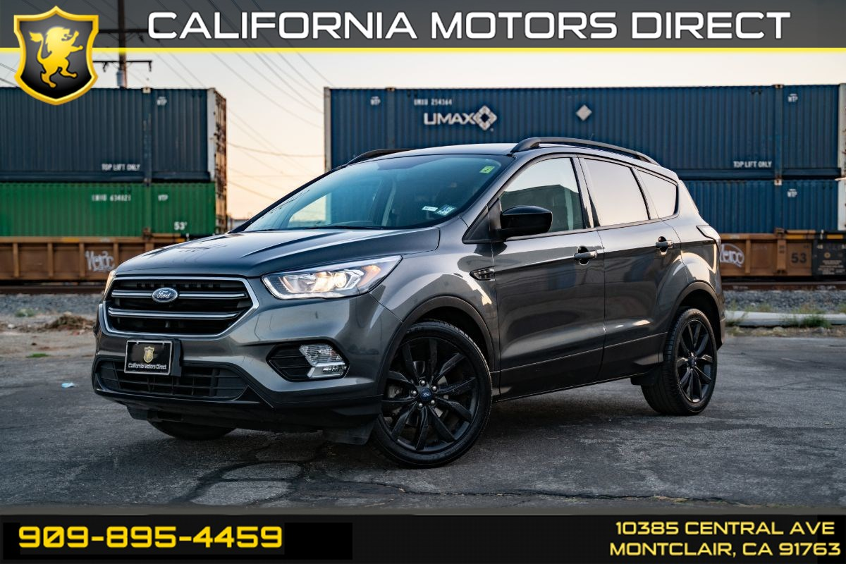 2017 Ford Escape SE (BLUETOOTH & BACK-UP CAMERA)