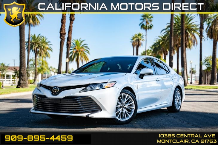 2018 Toyota Camry XLE (BLUETOOTH & BACK-UP CAMERA)