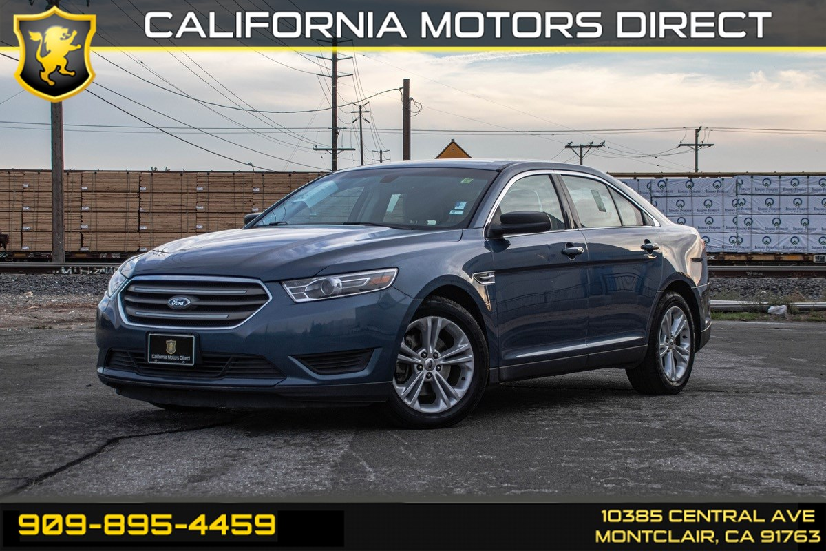 2018 Ford Taurus SE (BACK UP CAMERA & BLUETOOTH)