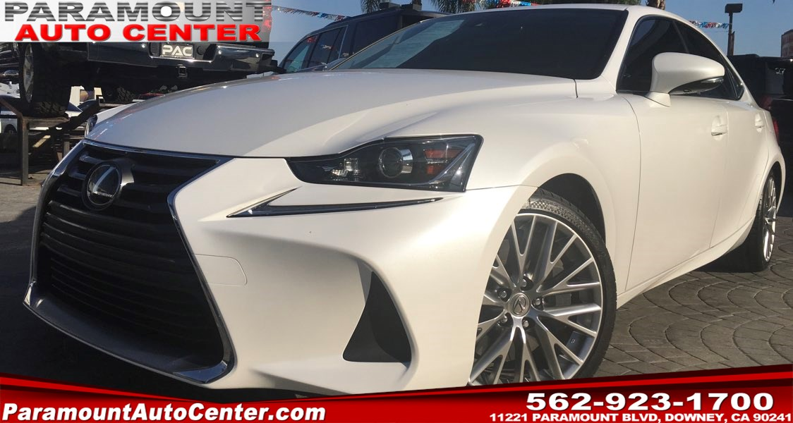 2017 Lexus IS Turbo