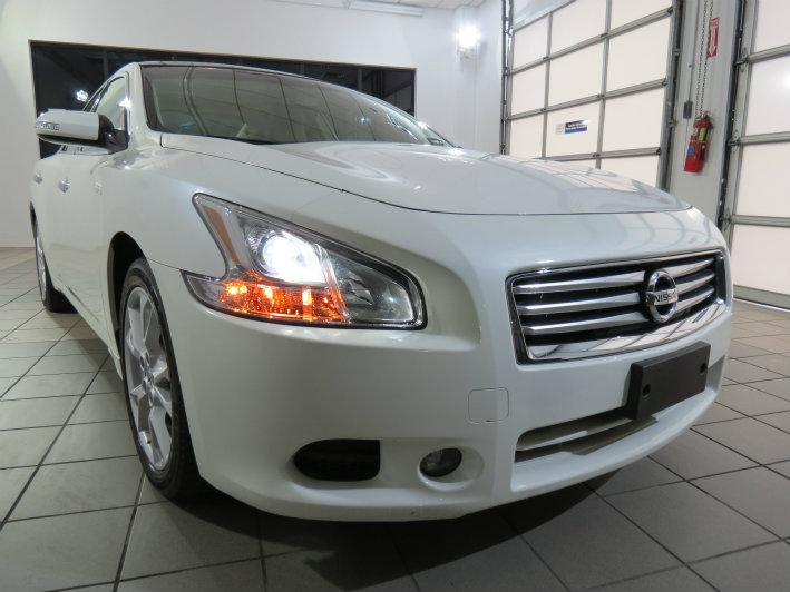 2013 Pearl White Nissan Maxima 35 Sv Wpremium Pkg 22923 In