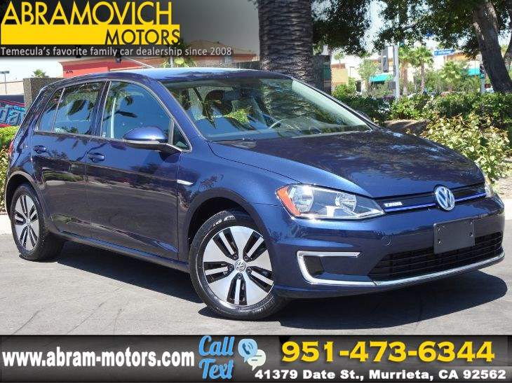 2016 Volkswagen e-Golf - MSRP $31,625 - SE - 1 OWNER - FAST CHARGING PKG - APPLE CARPLAY