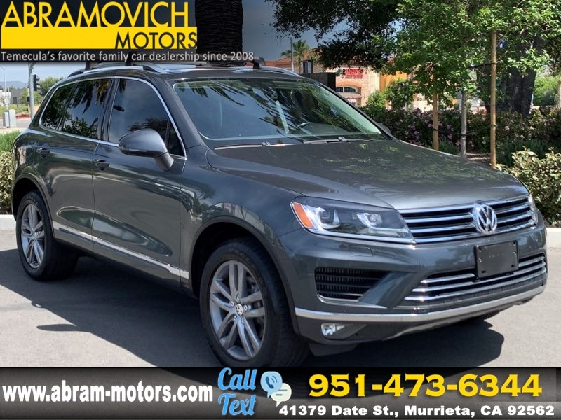 2016 Volkswagen Touareg - MSRP $56,965 - Lux - NAVIGATION - REAR PARKING AID