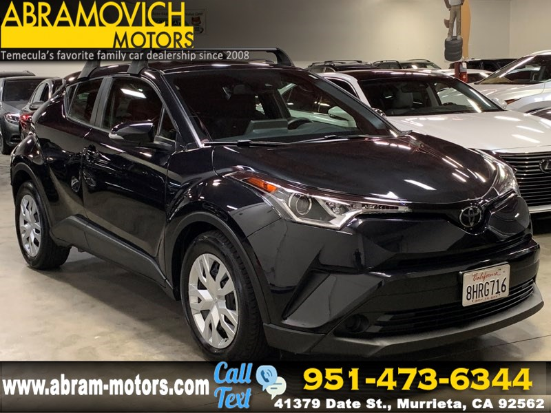 2019 Toyota C-HR - MSRP $22,643 - LE- APPLE CARPLAY - NEW TIRES