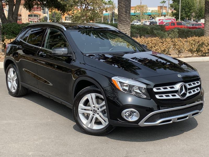 2018 Mercedes-Benz GLA 250 - MSRP $37,250 - SUV - PREMIUM / CONVENIENCE PACKAGE