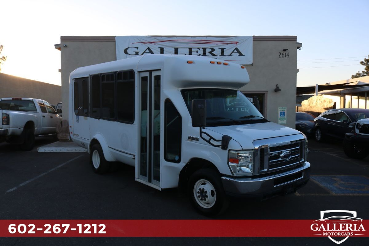 2011 Ford Econoline Commercial Cutaway Handicapped Accessible