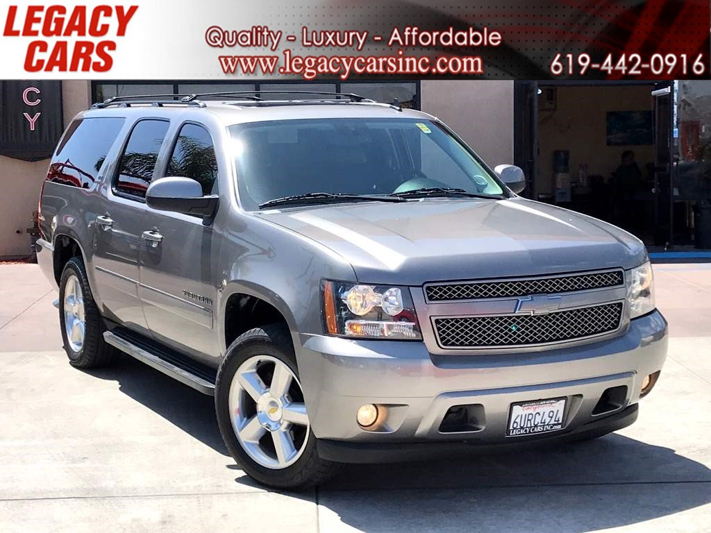 2012 Chevrolet Suburban LTZ W/ NAVI / TV ENTERTAINMENT / BACK UP CAMERA