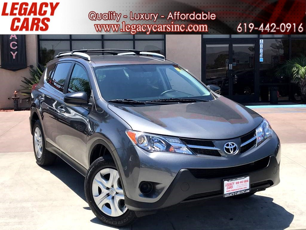 2015 Toyota RAV4 LE w/Backup Camera/Bluetooth LOW MILES