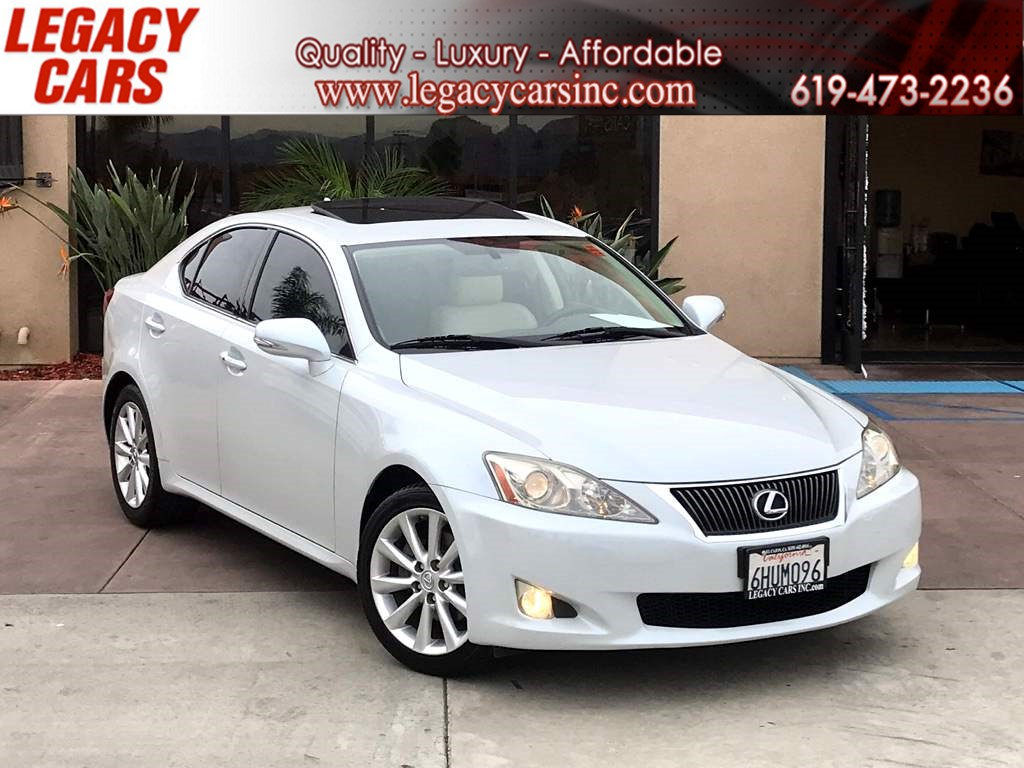 2010 Lexus IS 250 w/Sunroof/Heated Front Seats