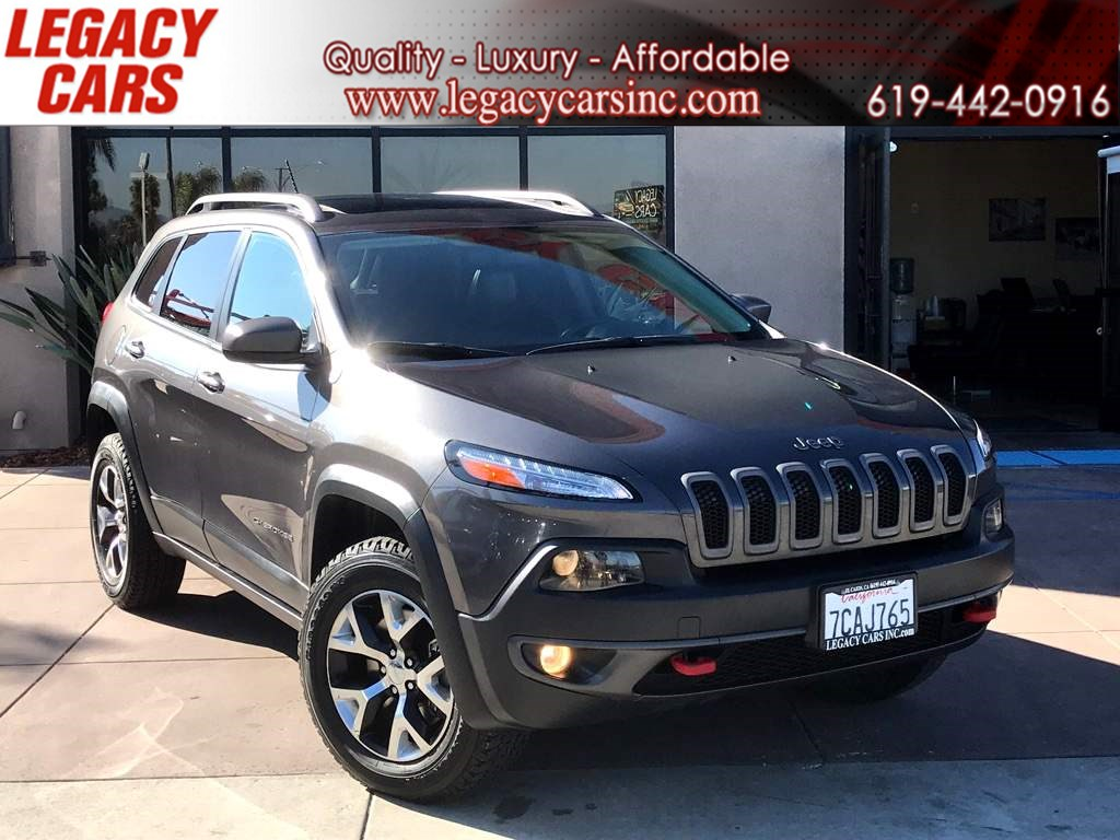 2014 Jeep Cherokee Trailhawk 4X4 1 OWNER W/ BACKUP CAM / PANO ROOF