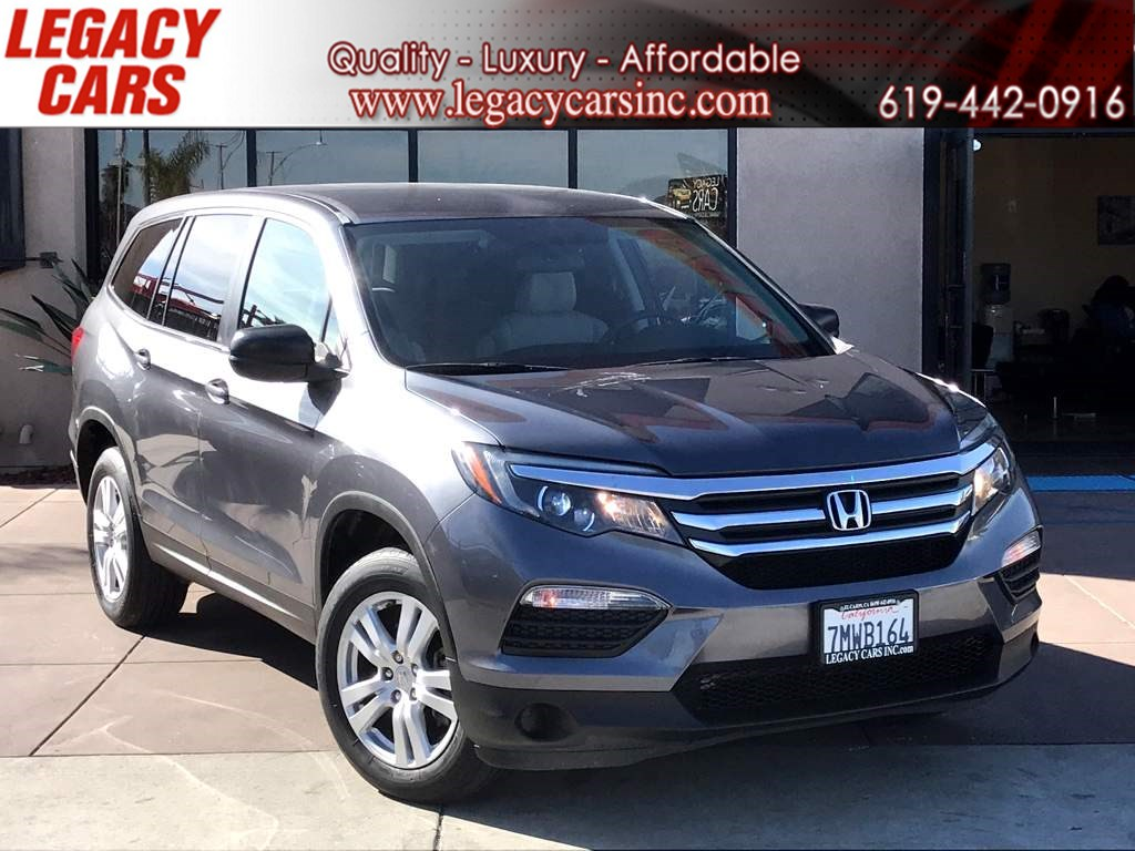 2016 Honda Pilot LX W/ BACKUP CAM / 3RD ROW SEAT / BLUETOOTH