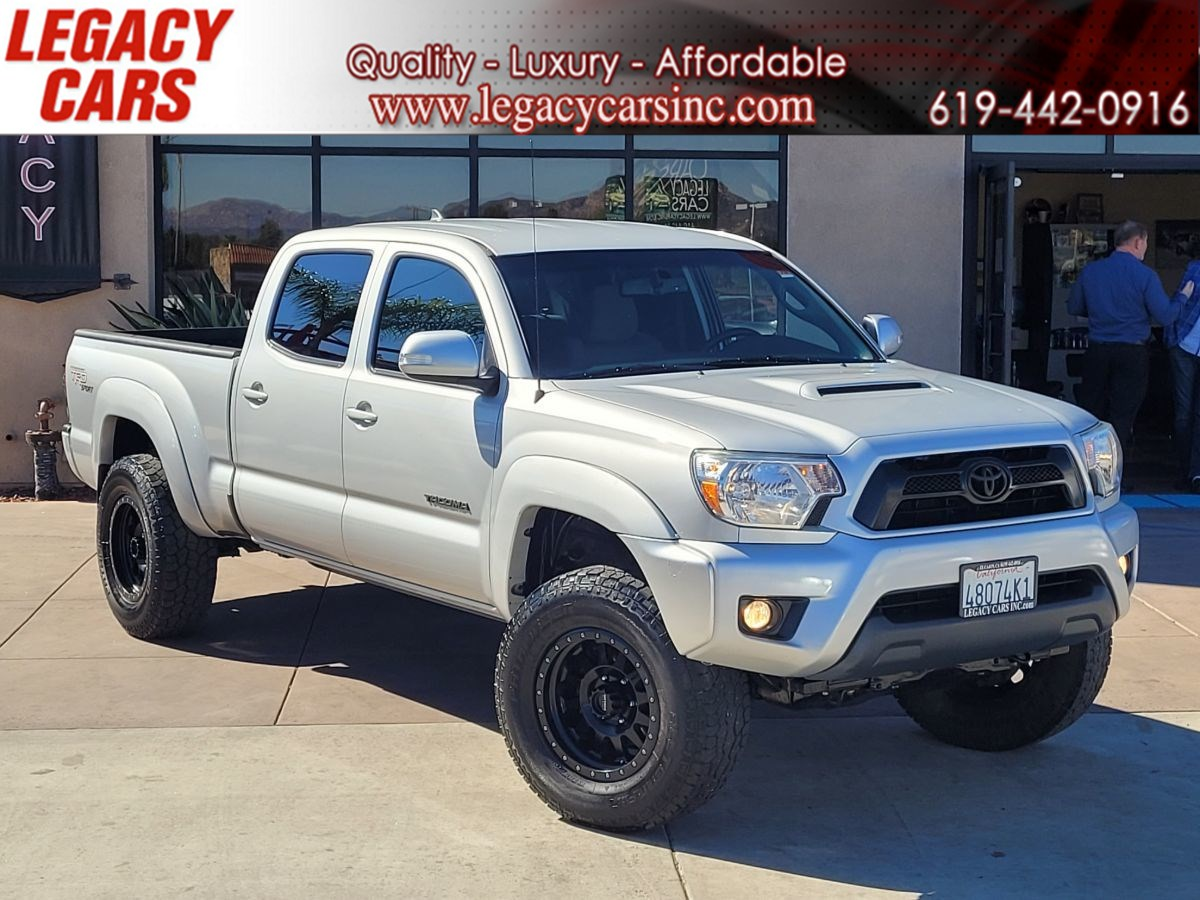 2013 Toyota Tacoma PreRunner V6 TRD Sport w/Towing pkg/Back-up cam