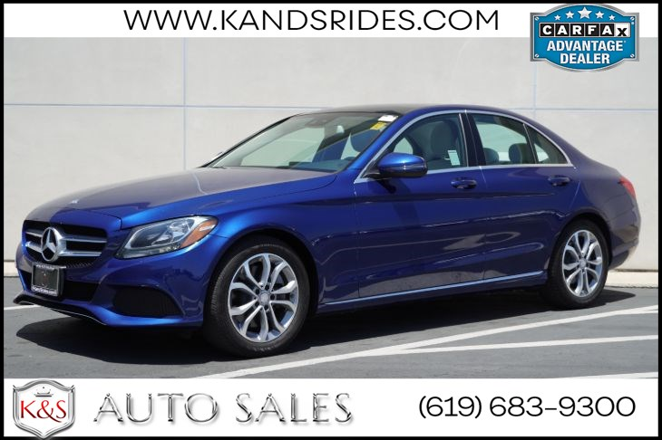2017 Mercedes-Benz C 300 Sedan | Back-up Cam, Panoramic Sunroof, Bluetooth, Keyless Ignition, Driver's Seat Memory