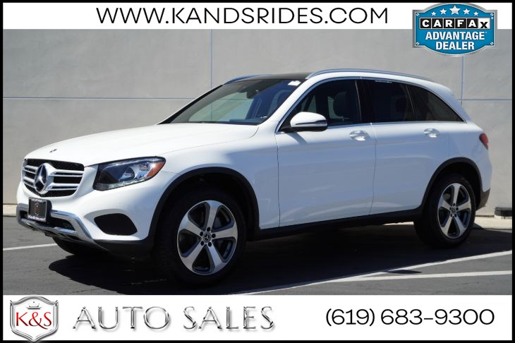 2018 Mercedes-Benz GLC 300 | *One Owner*, Pano Roof, Blind Spot Monitor, Back-up Cam, Keyless-Go, Bluetooth