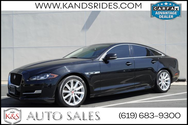 2016 Jaguar XJ R-Sport | *One Owner*, Pano Roof, Heated/Vented Seats, Blind-spot Monitor, Back-up Cam
