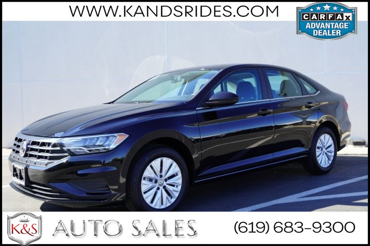 2019 Volkswagen Jetta 1.4T S | *One Owner*, 6 Speed Manual, Blind-spot Monitor, Bluetooth, Back-up Cam