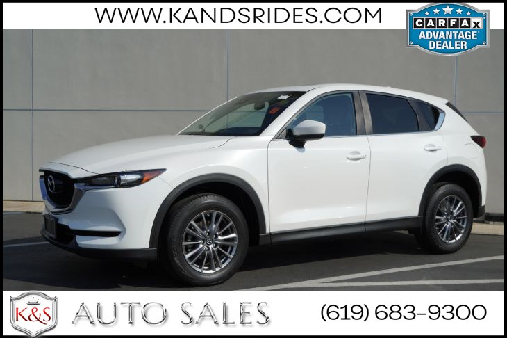 2017 Mazda CX-5 Touring | *One Owner*, Sunroof, Heated Seats, Blind-spot Monitor, Bluetooth, Back-up Cam
