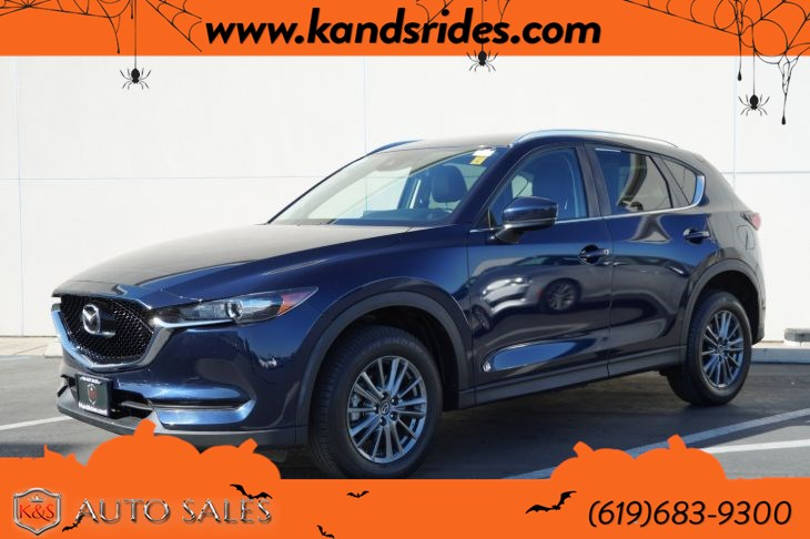 2017 Mazda CX-5 Touring | *One Owner*, Heated Seats, Blind-spot Monitor, Bluetooth, Back-up Cam