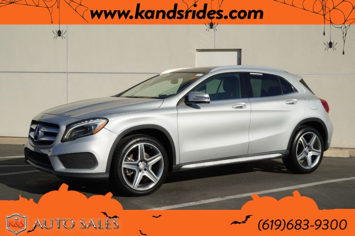 2015 Mercedes-Benz GLA 250 | AMG Styling Pkg, Pano Roof, Heated Seats, Bluetooth, Back-up Cam, HID Headlamps