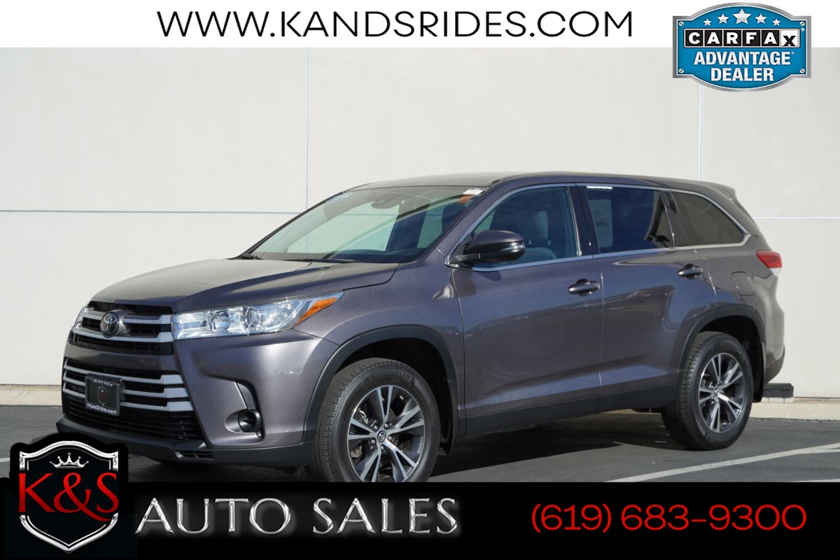 2019 Toyota Highlander LE | *One Owner*, AWD, Adaptive Cruise Ctrl, Lane-keeping Assist, Bluetooth, Back-up Cam