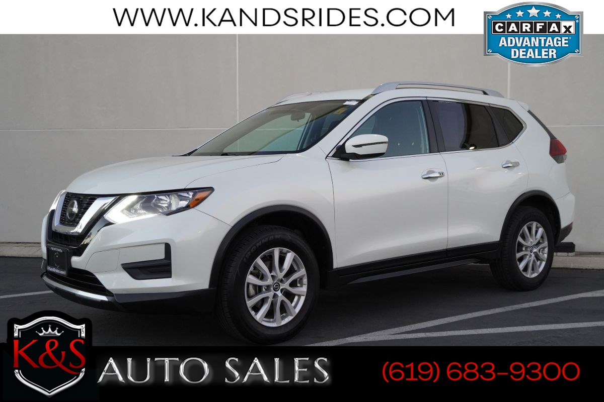 2018 Nissan Rogue SV | *One Owner*, AWD, Bluetooth, Back-up Cam, Keyless Ignition, Dual-zone Climate Ctrl