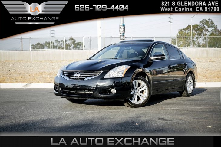 Home; 2012 Nissan Altima 3.5 SR. OVERVIEW; PHOTOS; PRICING; FEATURES U0026  SPECS; SAFETY; PRICE ADVISOR. Featured