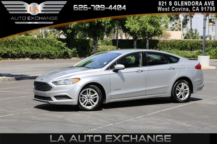 2018 Ford Fusion Hybrid SE (AIR CONDITIONING & EBONY BUCKET SEATS)