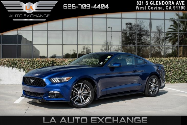 2016 Ford Mustang EcoBoost(BLACK LEATHER SEATS & NAVIGATION)