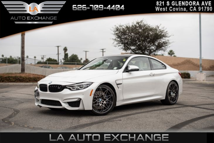2018 BMW M4 (WHITE LEATHER SEATS & EXECUTIVE PACKAGE)