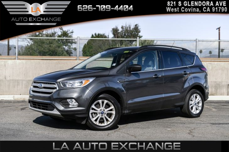 2018 Ford Escape SE(AIR CONDITIONING & BACK UP CAMERA)