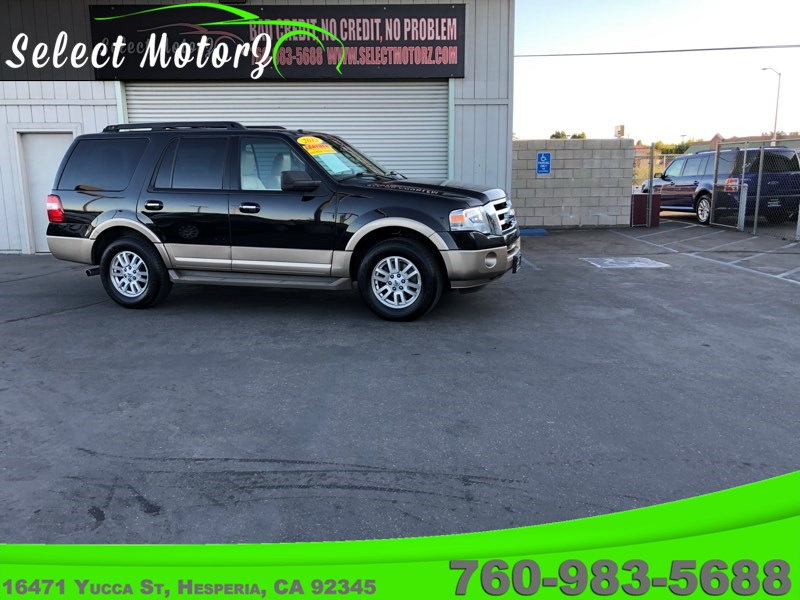 2013 Ford Expedition XLT Sport Utility 4D