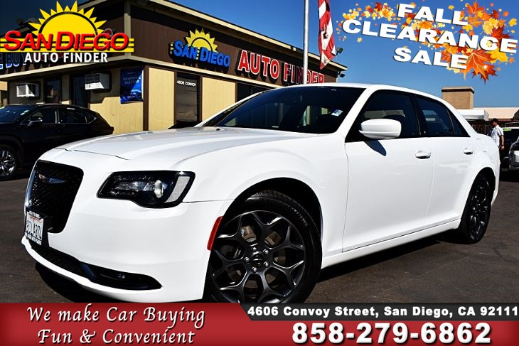 2018 Chrysler 300S AWD, Clean Carfax 1-Owner Apple CarPlay,Leather Sport Seats Sdautofinders.com