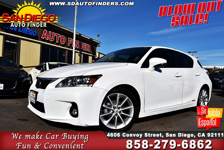 2012 Lexus CT 200h,Hybrid,Hatchback MoonRoof 43 mpg City / 40 mpg Highway  SdAutoFinders.com,