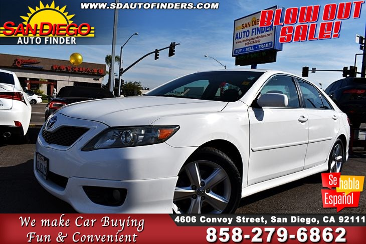 2011 Toyota Camry SE  2-Owners Clean Carfax 32mpg Great Sedan For The $$$ Sdautofinders.com