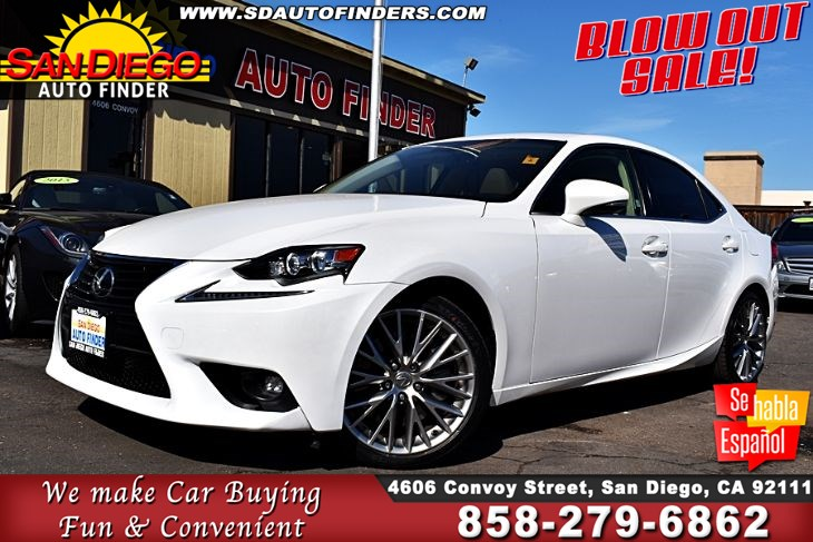 2016 Lexus IS 200t TurboCharged Xenon Headlights 1-Owner Navigation Clean Carfax Sdautofinders.com