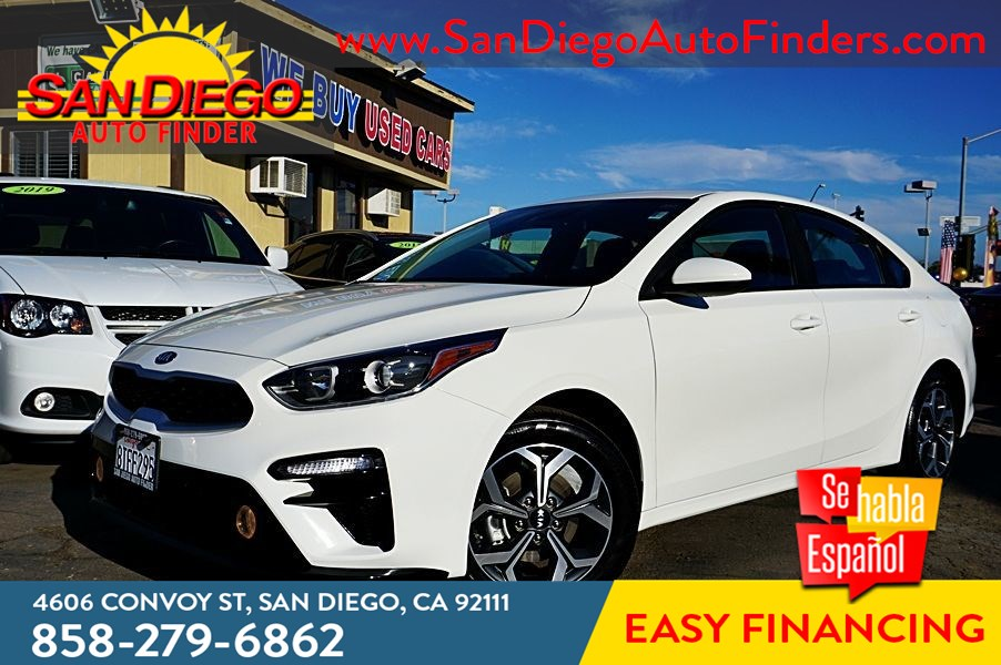 2021 Kia Forte LXS 1,700 MILES!! 40mpg Backup Camera, Automatic Braking Lane-Assistance