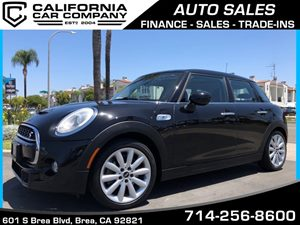 View 2015 MINI Cooper Hardtop 4 Door