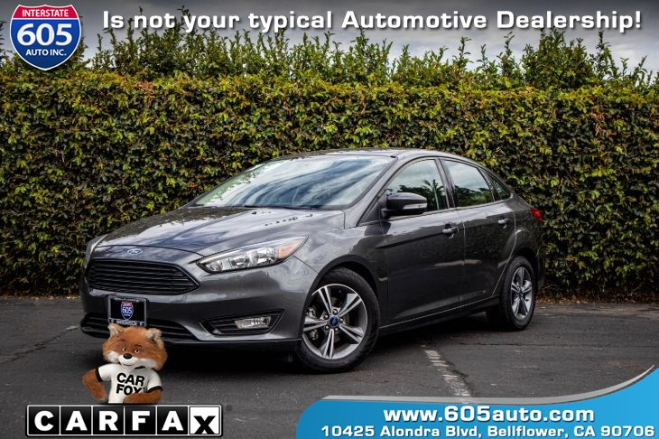 2017 Ford Focus SE (BLUETOOTH & BACKUP CAMERA)
