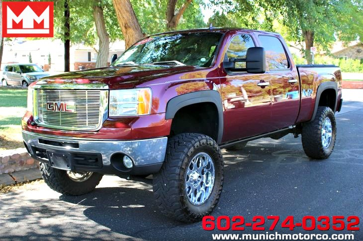 2008 GMC Lifted Sierra 2500HD SLT