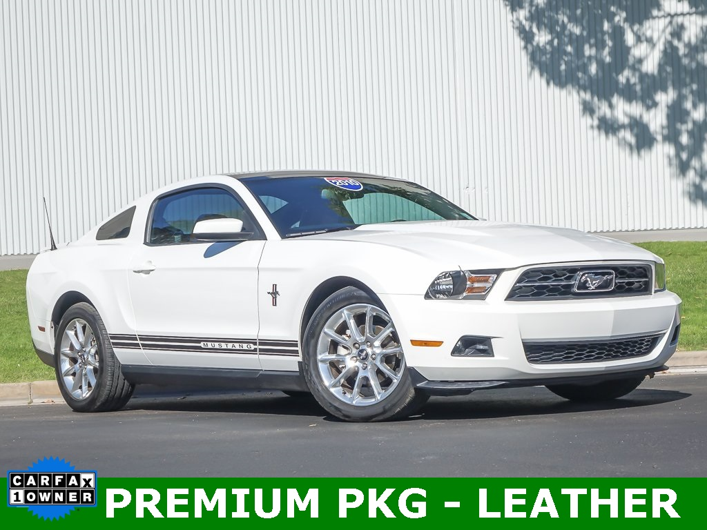 2010 Ford Mustang V6 Premium  - One Owner - Extreme Low Miles!