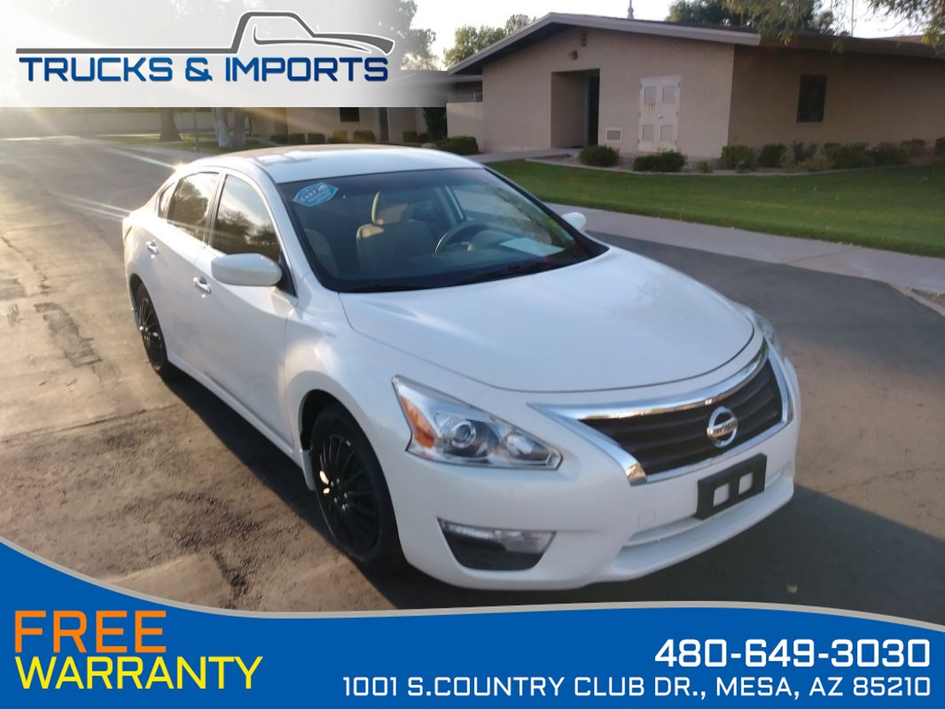2015 Nissan Altima 2.5 S Three in stock!