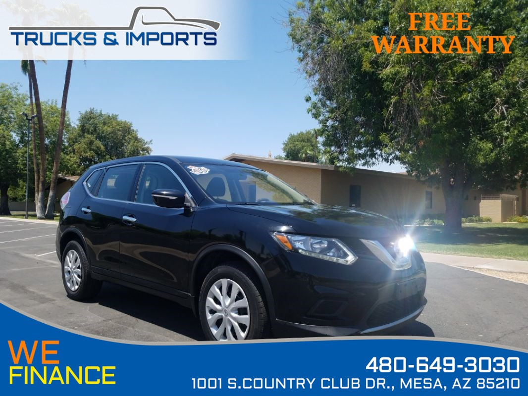 2015 Nissan Rogue S One Owner plus 2 in stock!